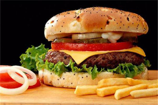 看过受益多,开个汉堡店投资多少钱